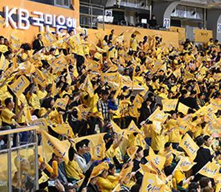 [대표 이미지] KB스타즈, 챔피언결정전 2차전-봄 농구축제 이어간다.